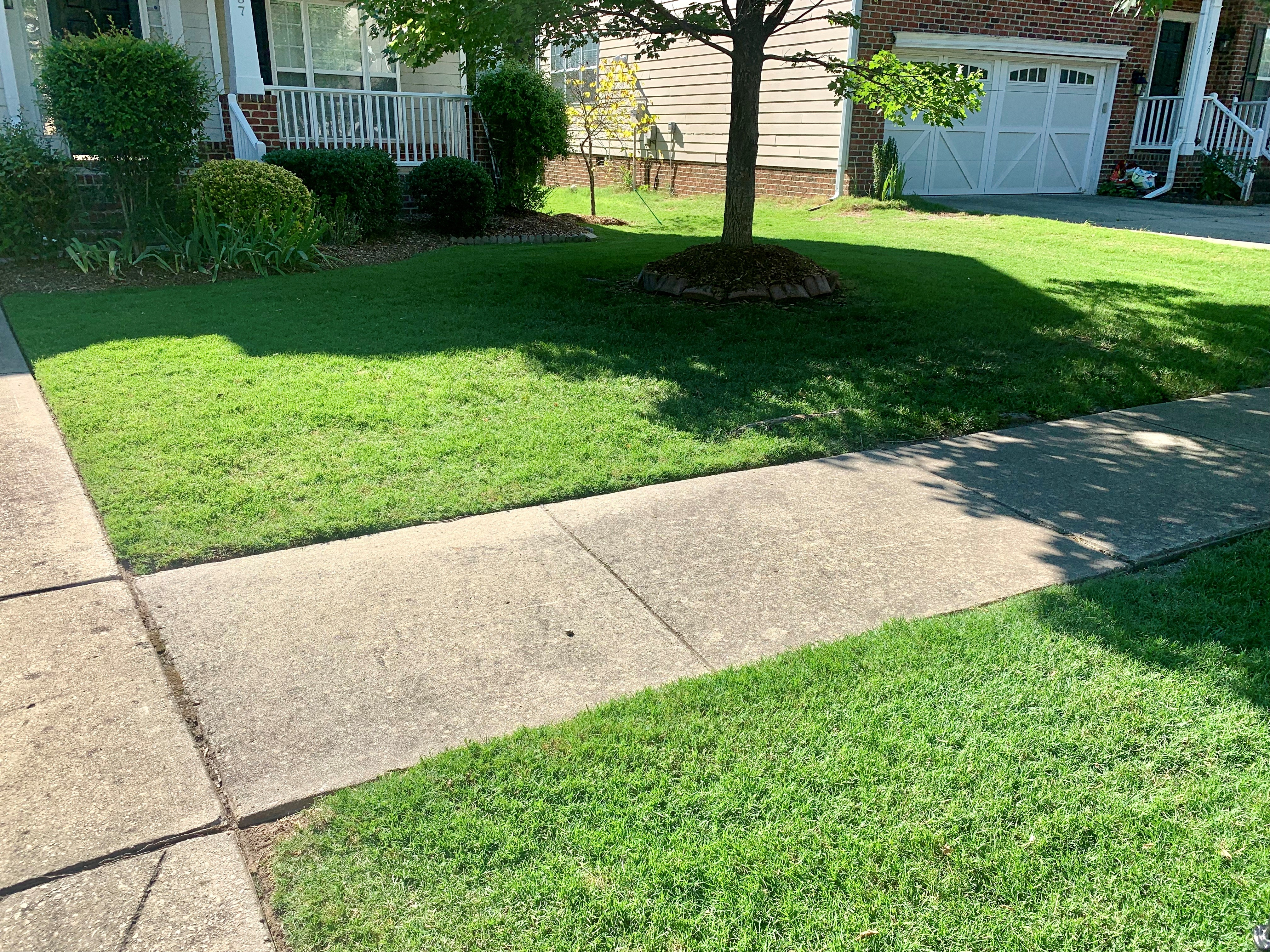 /files/bermuda-lawn-cary-nc.jpg